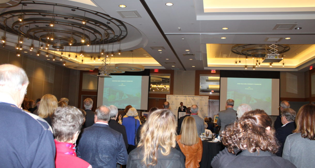 Attendees listen as Sioux Falls Area Community Foundation President Andy Patterson speaks at the 2019 Donor Reception.